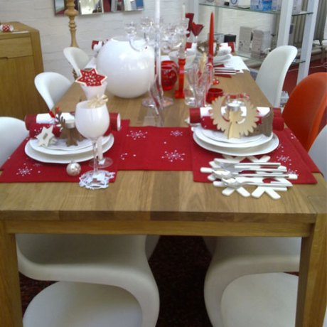 Heal's Christmas dining - contrasting reds and snow whites, glitter..