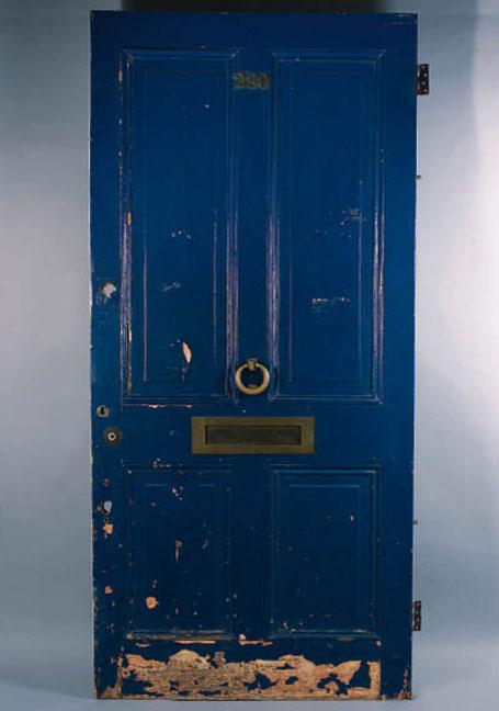 notting-hill-blue-door