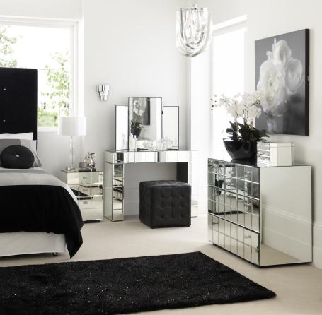silver room